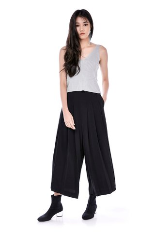 Anise Pleated Pants