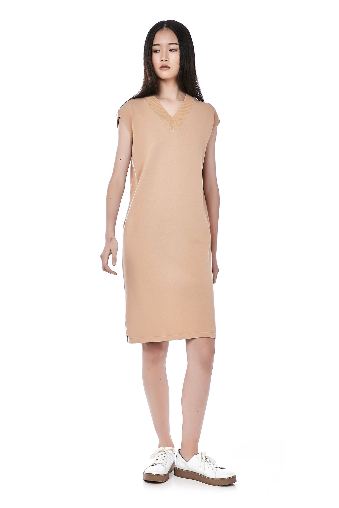 Liezel V-Neck Knit Dress