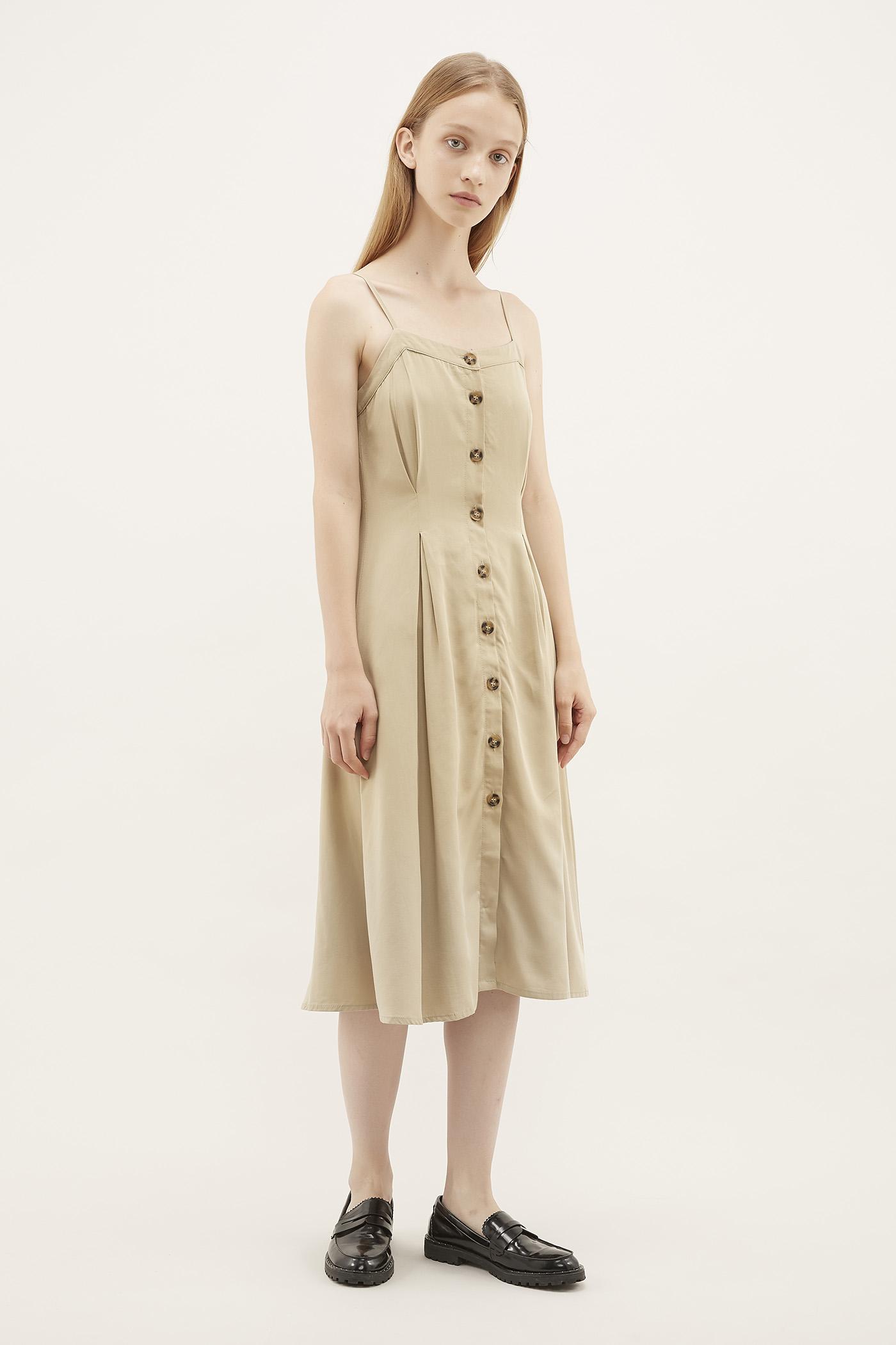 Nuria Box-pleat Dress