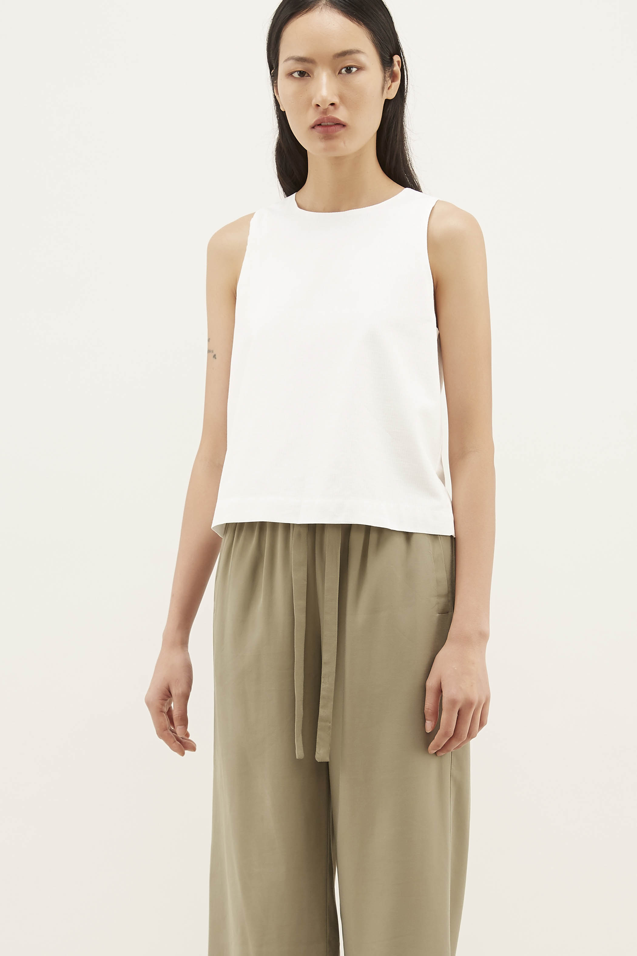 Emett Shift Top