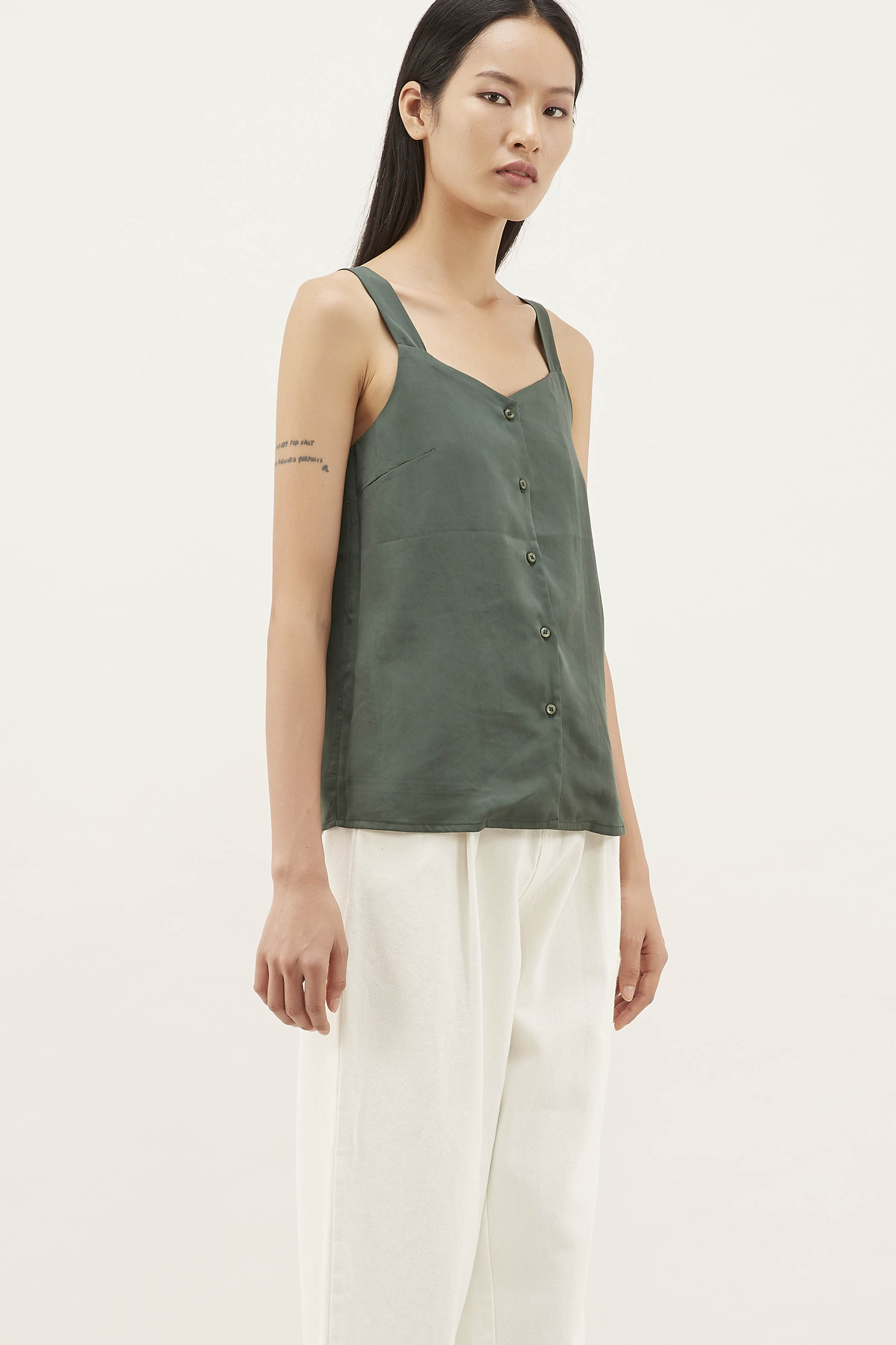 Hertia Button-through Top