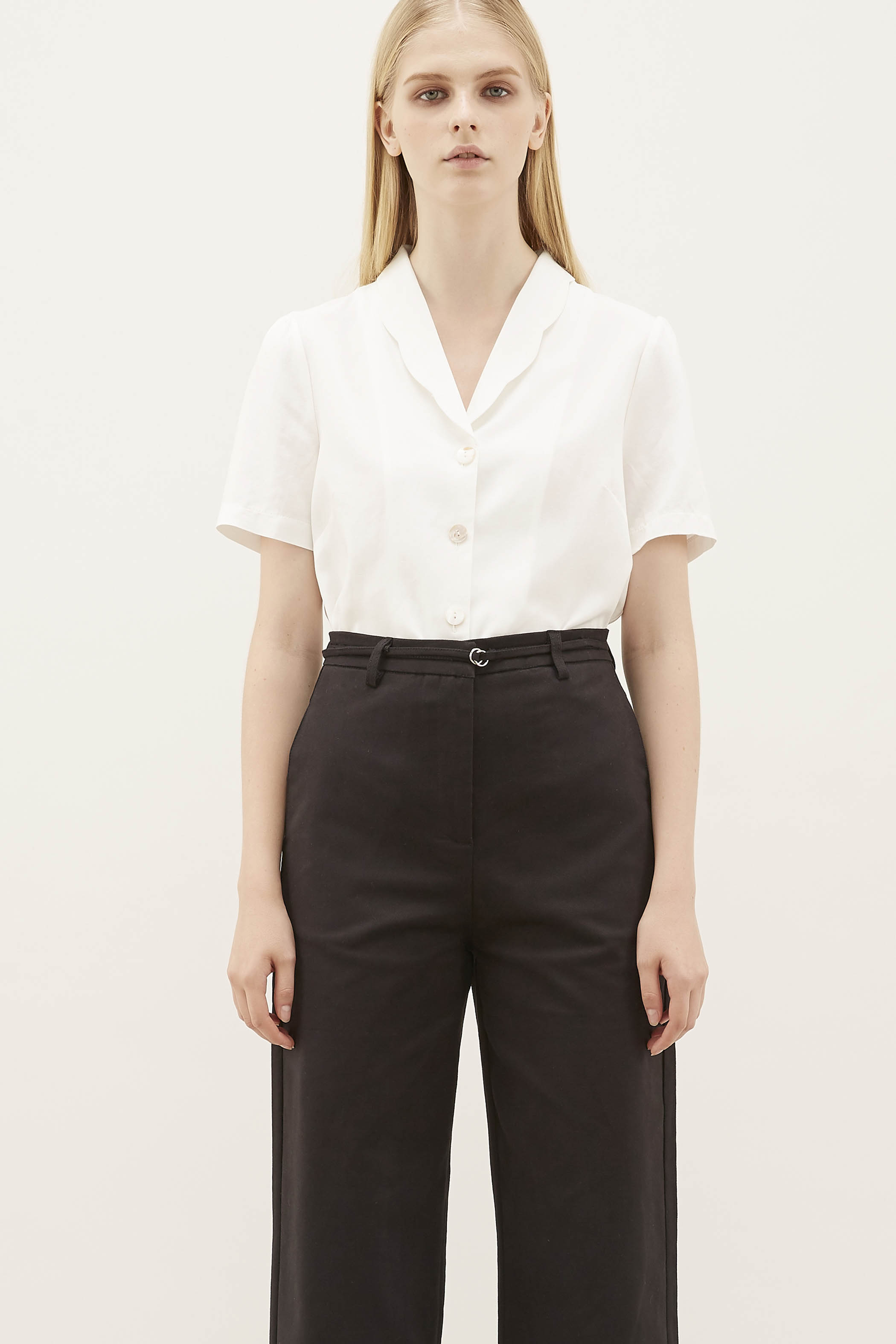 Chrissa Scallop-collar Blouse