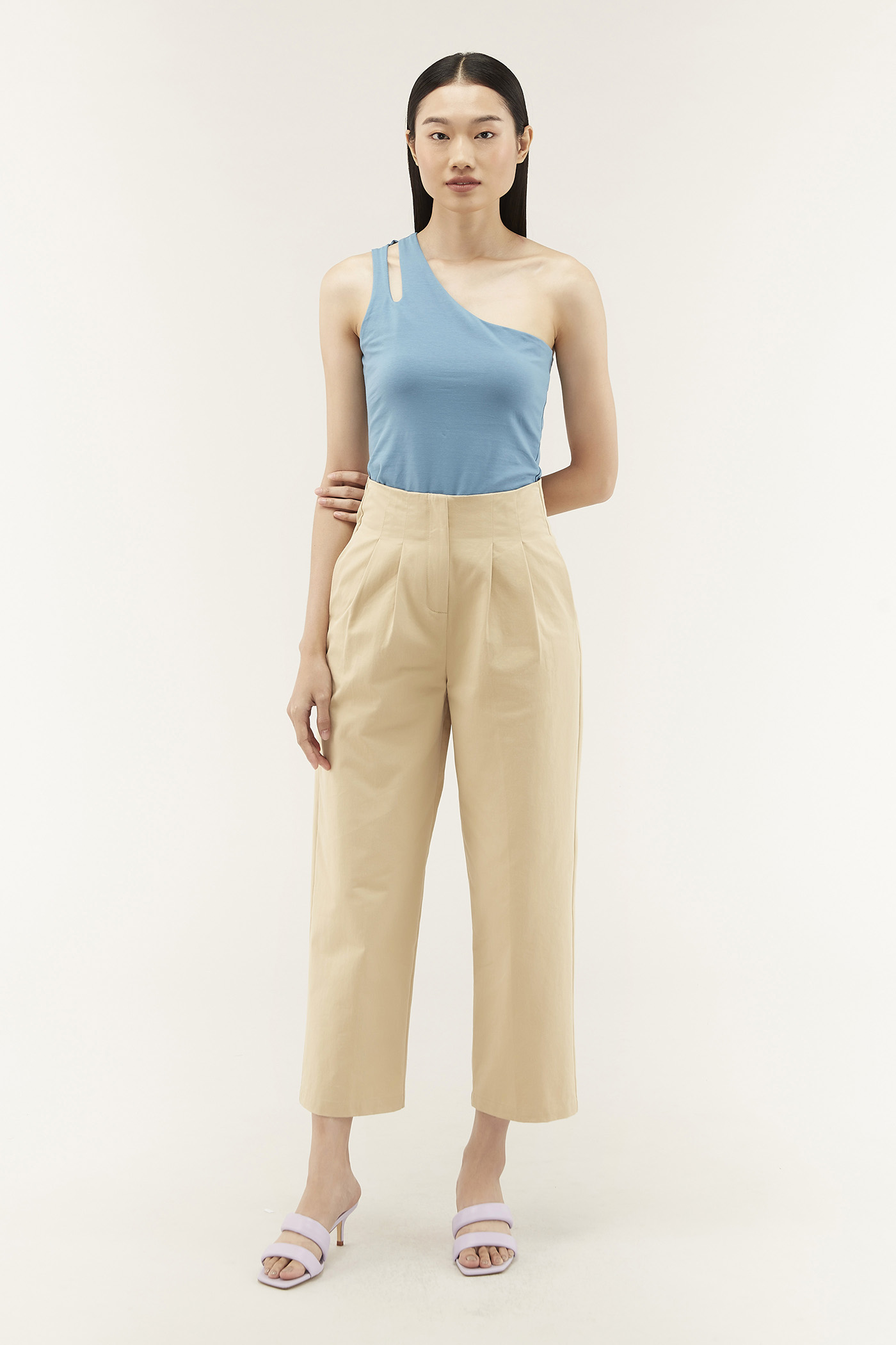 Bionca Flat-pleat Pants