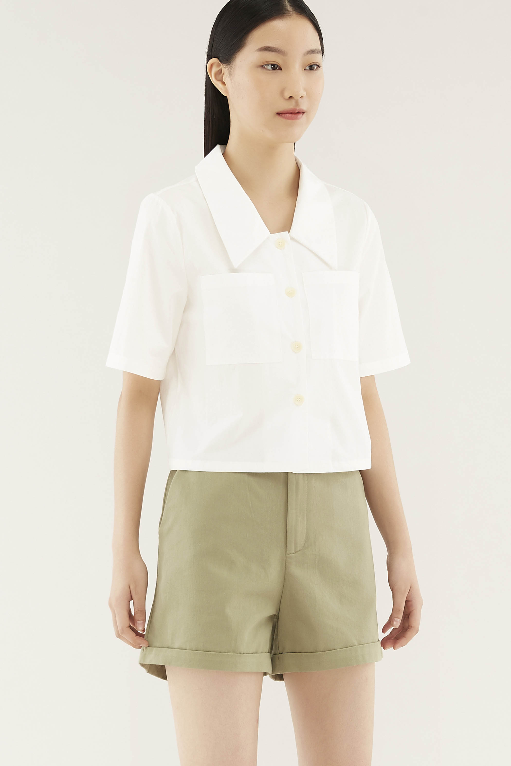 Elida Wide-collar Shirt